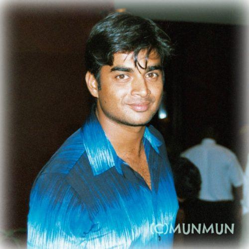 2002年7月、「タミル・スター・ナイト」開催のためKLのホテルにて。