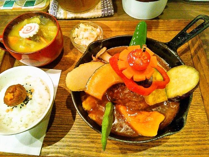 神田カレー街食べ歩きスタンプラリー2016に挑戦中ですw(4)